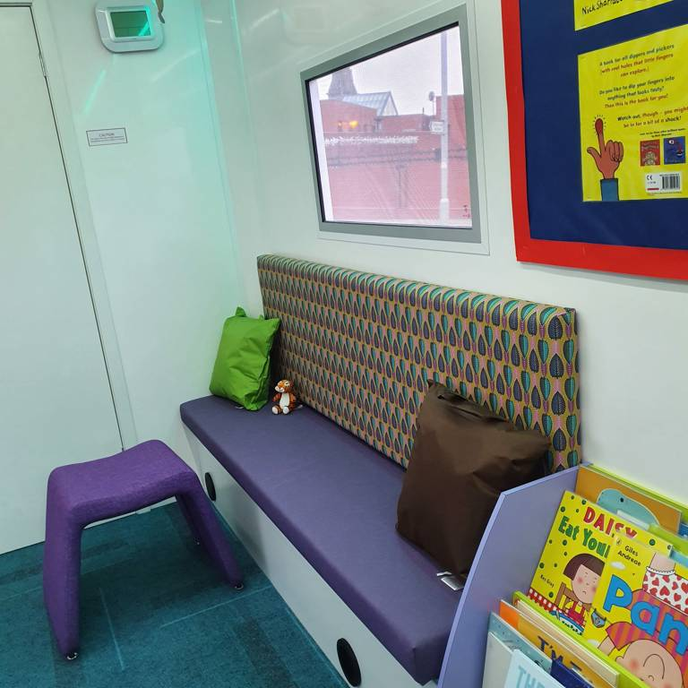 Story Bus bench seat