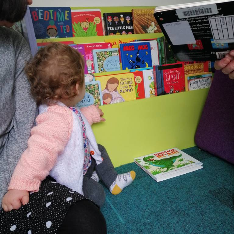 Children's easy reach books