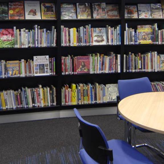 Thame Library bookshelves and reading table