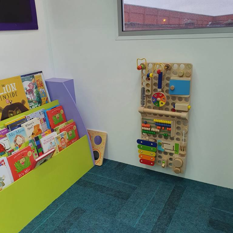 Story Bus puzzle and bookshelves