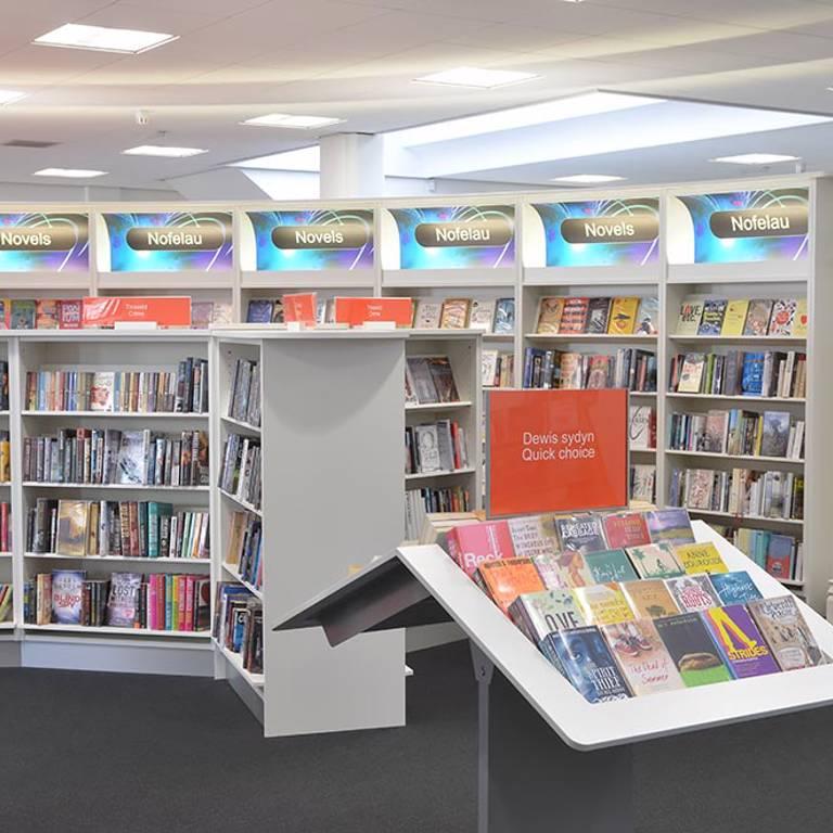 Quick choice, Llandudno Library