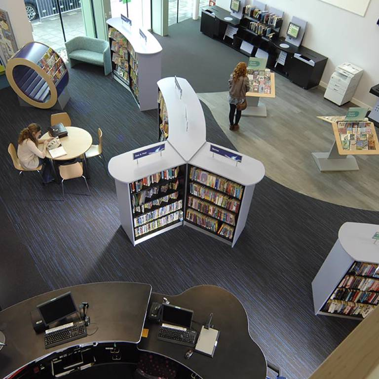 Discovery layout, Thame Library